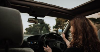 8 Summer Driving Safety Tips